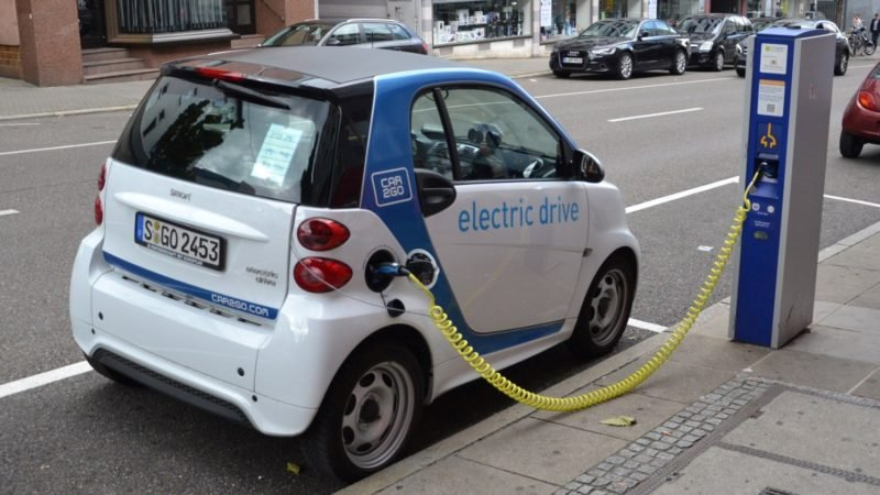 Accelerating Prices Of Electric Vehicles' Elements Induces Crisis For Budding Auto-Giants