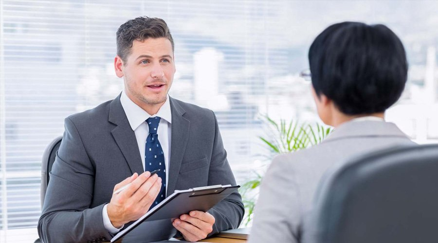 Best Business Interviews to Read Online for Inspiration